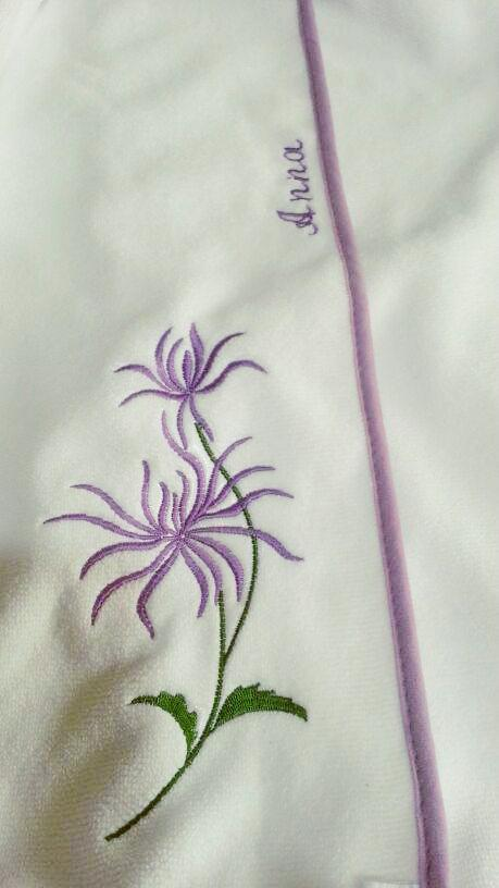 Purple flower free embroidery design