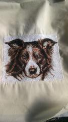 Dog's portrait free embroidery design