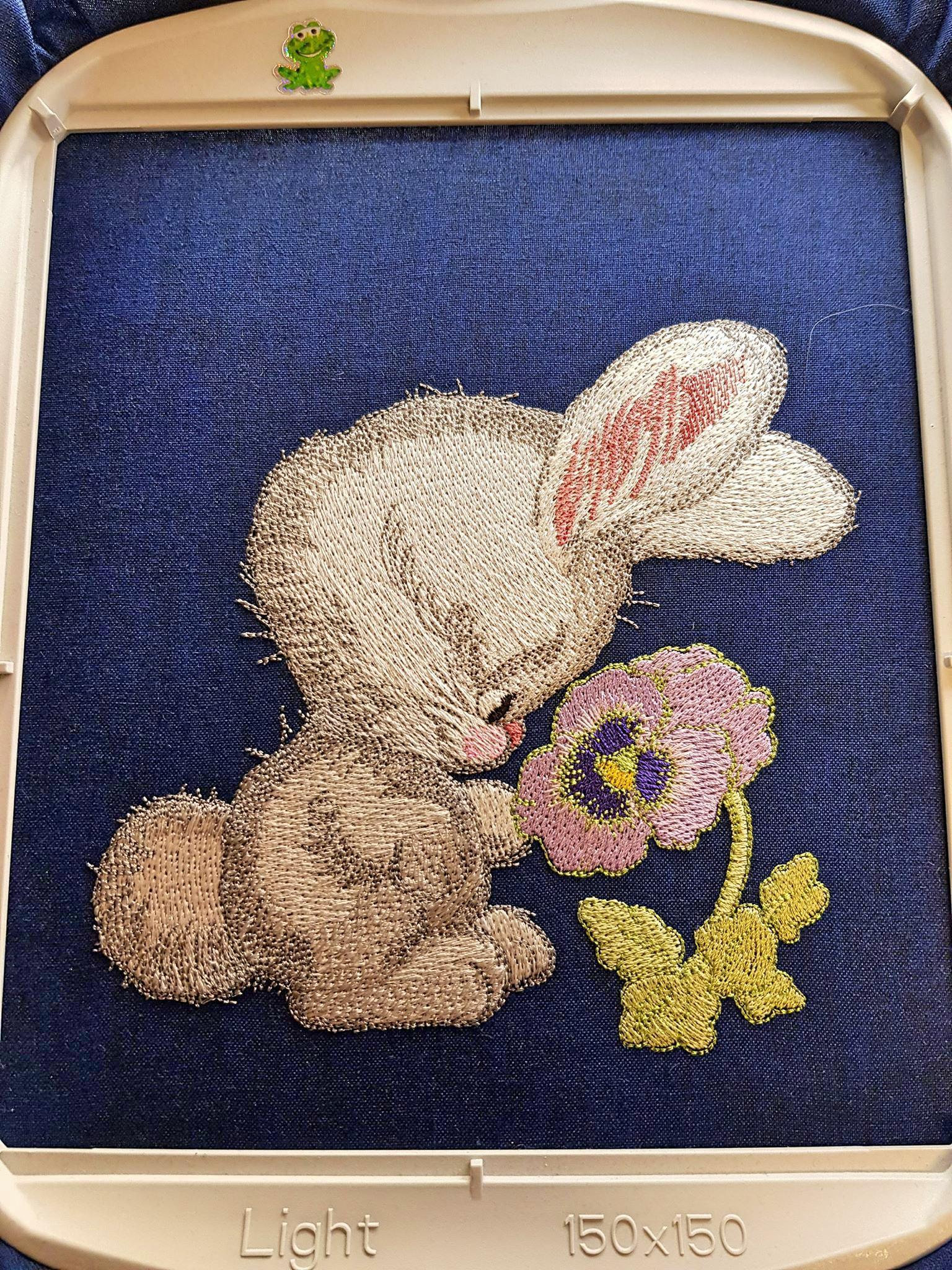 In hoop Bunny smells pansy embroidery design