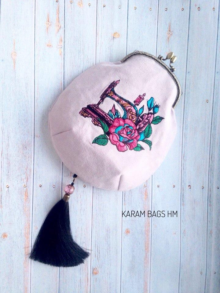 Embroidered bag with Sewing machine design