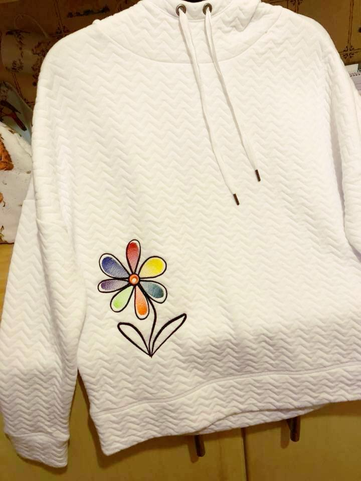 Embroidered sweater rainbow flower