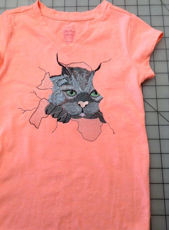T shirt with Cat free embrodiery design