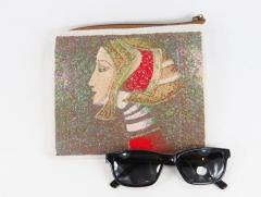 Embroidered handbag ancient woman