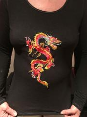 Embroidered sweater with oriental dragon free design