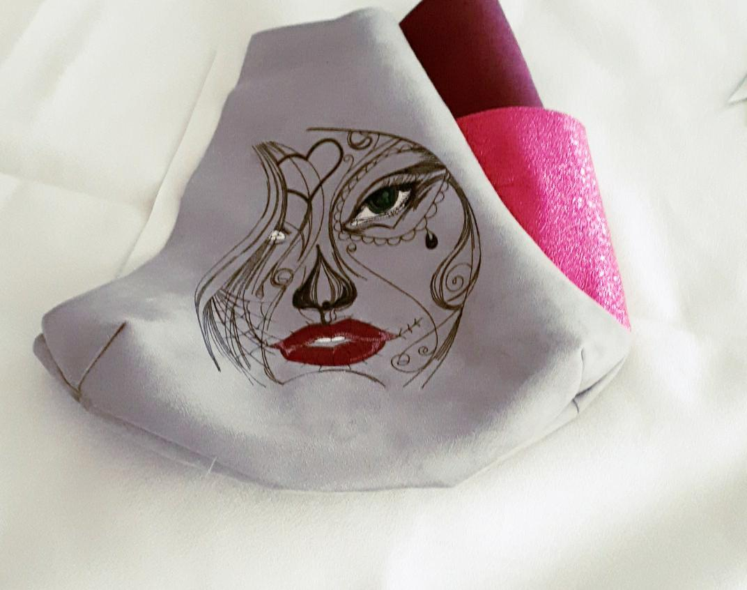 Embroidered billet girl's tears