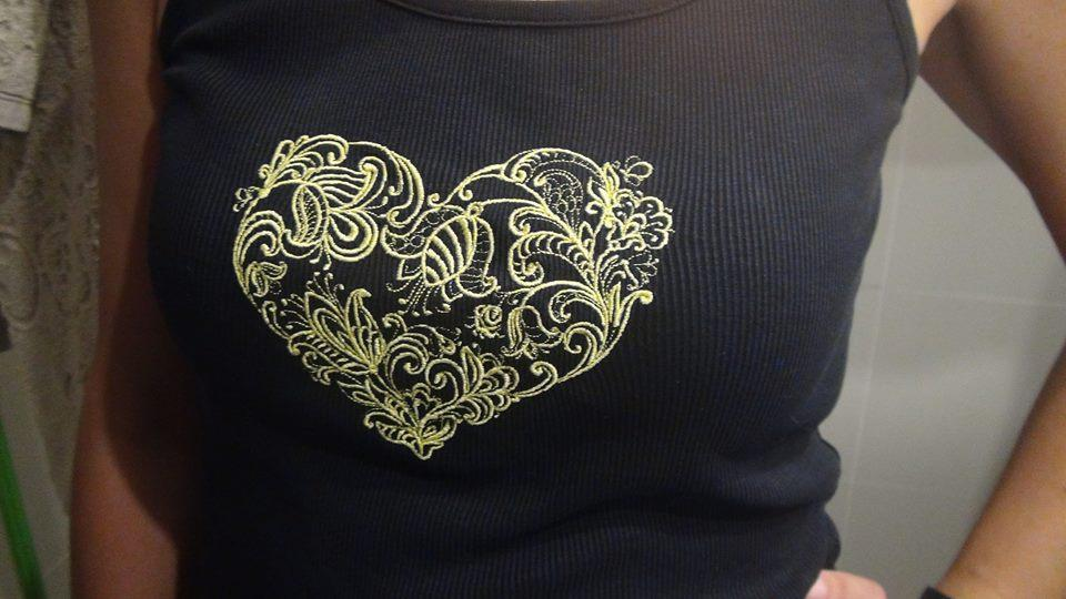 Embroidered shirt floral heart