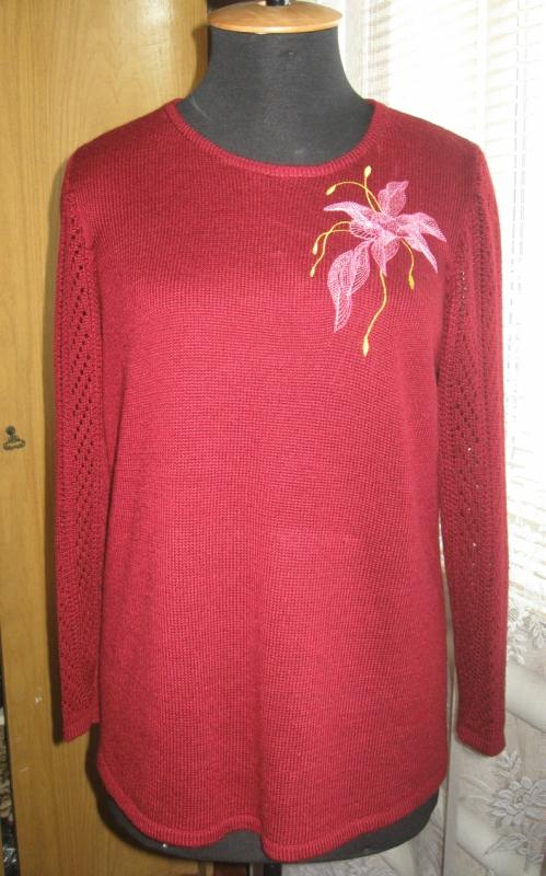 Embroidered sweater air flower