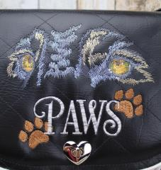 Pet's paws free embroidery design
