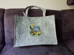 Embroidered bag blue birds design