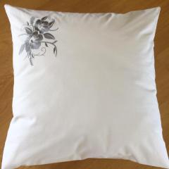 Embroidered pillowcase with beautiful flower free design