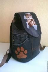 Embroidered backpack with angry cat free design