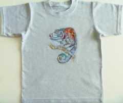 Embroidered t-shirt with lizard on tree design
