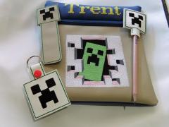 Minecraft Creeper in your door embroidery design