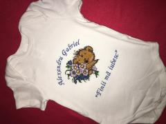 Embroidered baby overall Teddy bear and bouquet