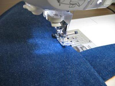 Sewing_two_pieces_of_patterns.jpg