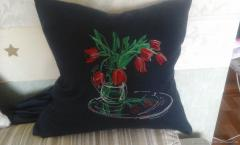 Embroidered cushion with tulips in vase free design