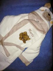 Embroidered bathrobe with adorable kitty design