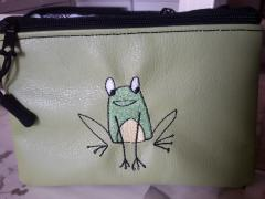 Embroidered handbag funny frog free design