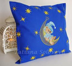 Embroidered pillow bear on moon