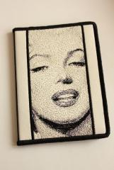 Embroidered casewith Marilyn Monroe