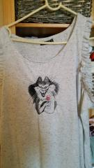 Embroidered blouse with drinking cat free design