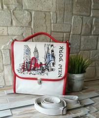 Embroidered bag with New York design