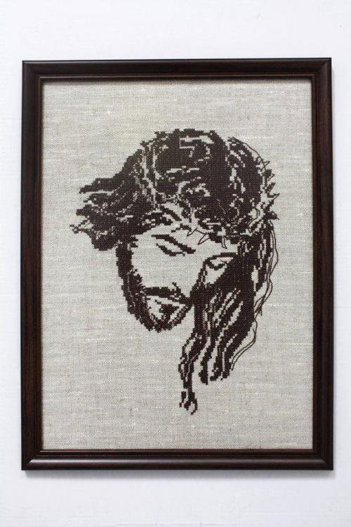 Framed Chist free embroidery design