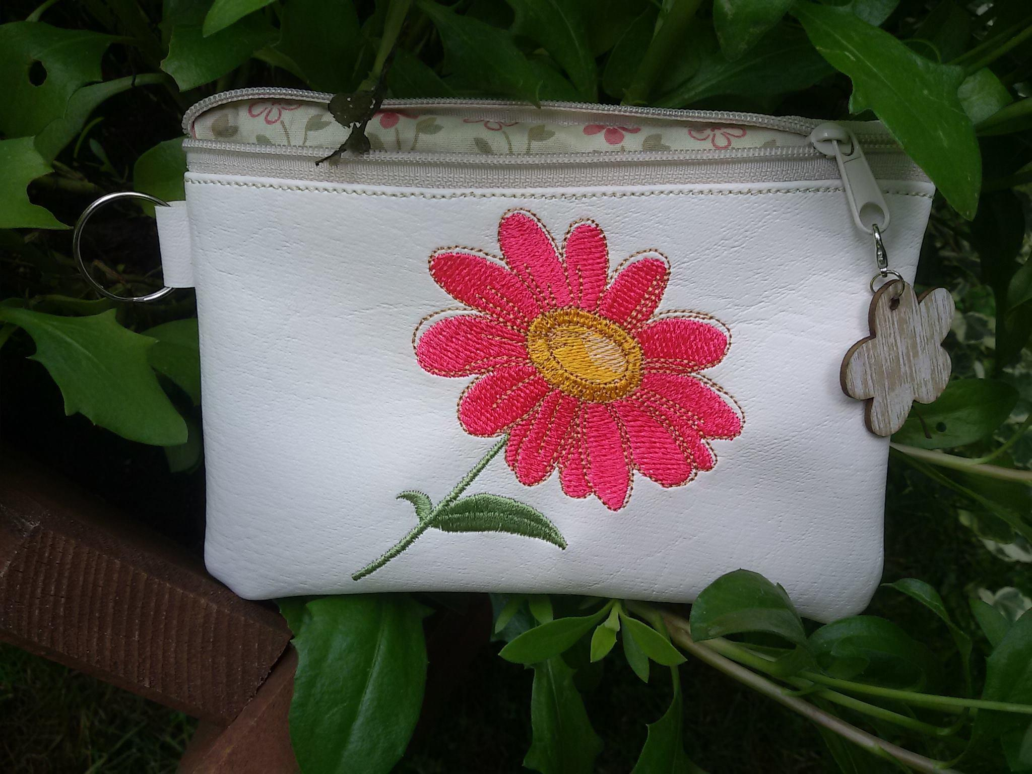 Embroidered handbag with Pink flower design