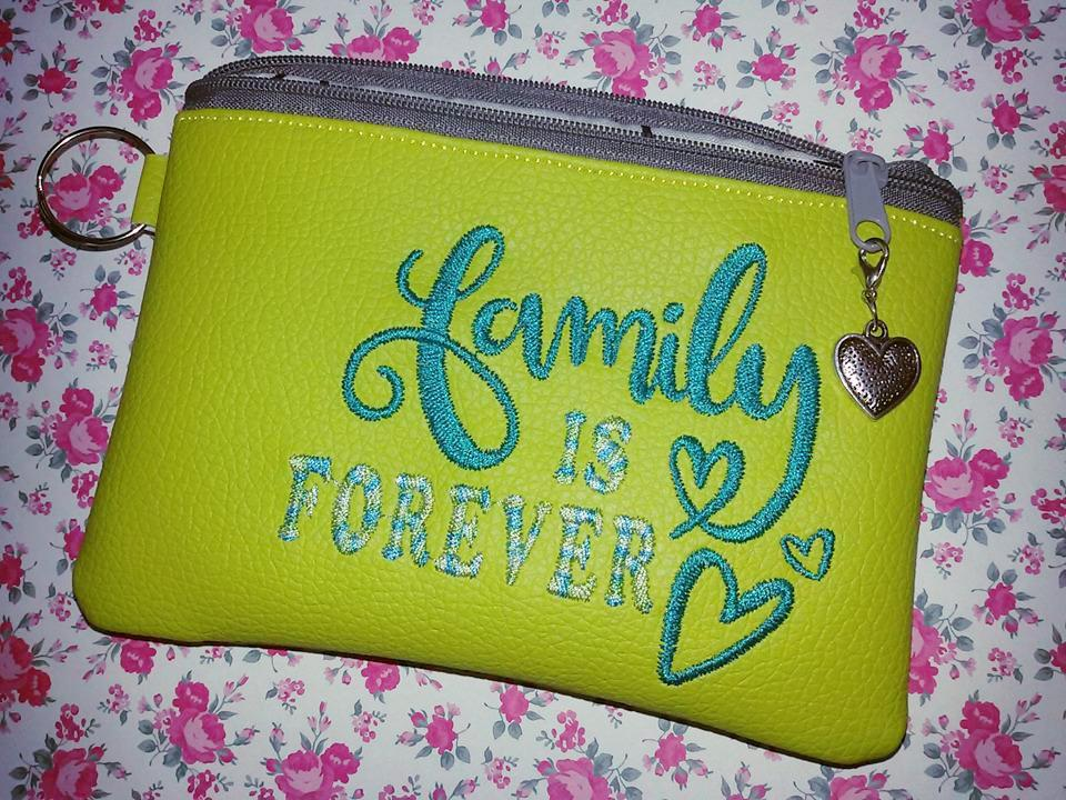 Embroidered handbag with Family forever design