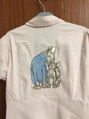 Embroidered blouse with Sphynx cats embroidery design