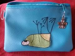 Embroidered handbag with Funny frog design