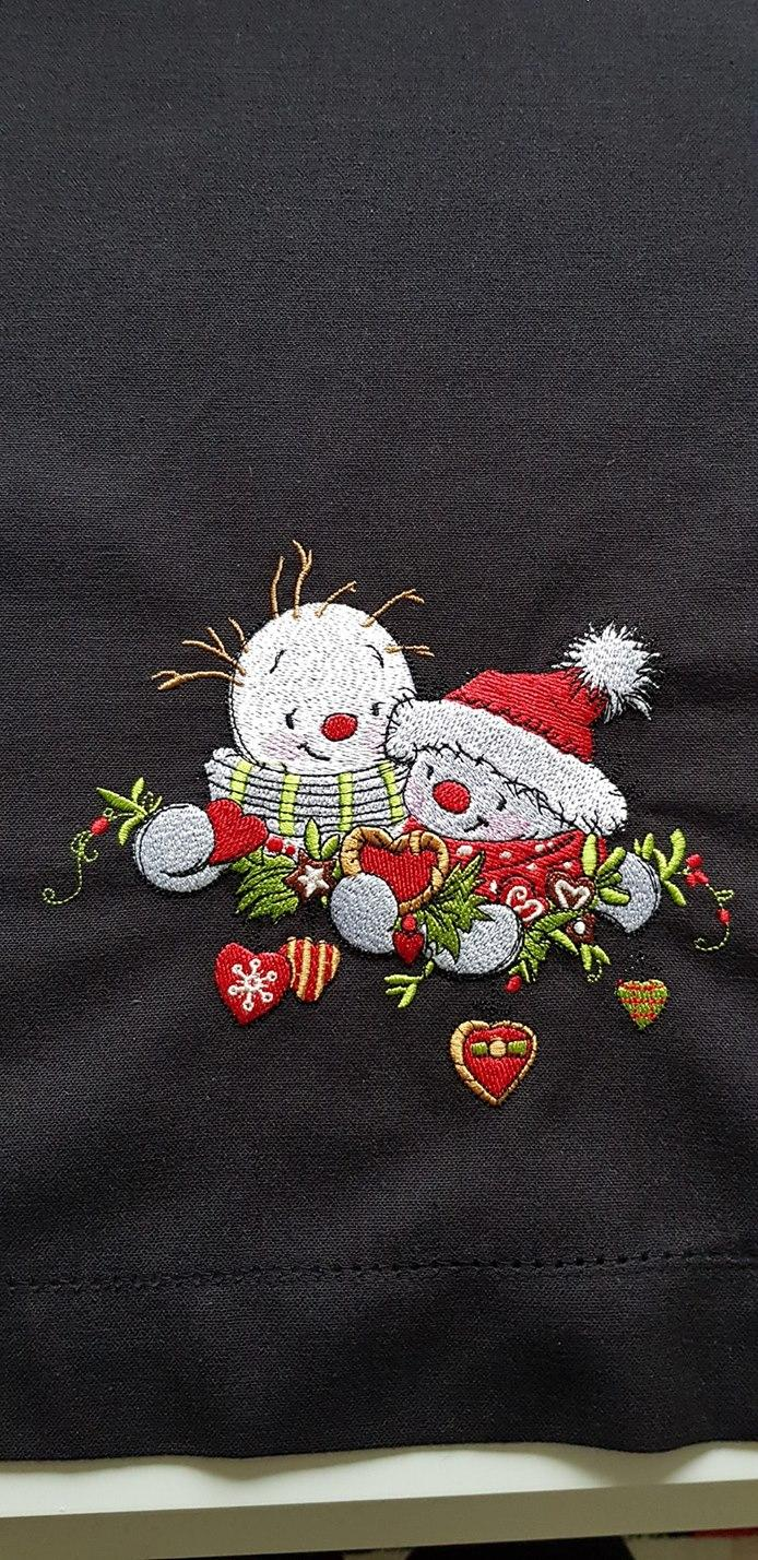 Merry snowmen embroidery design