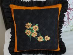 Embroidered pillow with vintage shoe free design