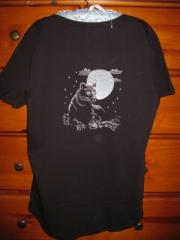 T-shirt with panther free embroidery design