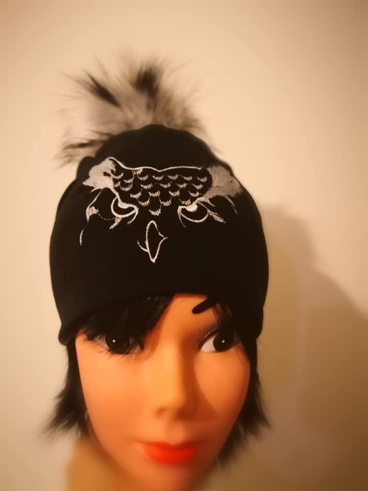 Embroidered cap with Owl free design