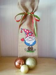 Embroidered bag with Gnome design