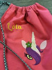 Embroidered bag with Unicorn design