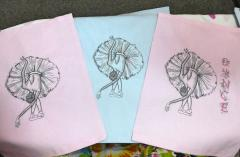 Set of embroidered handkerchief with Ballerina design