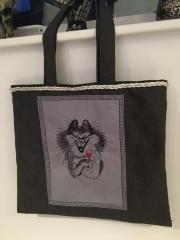 Shopping bag with drinking cat free embroidery design