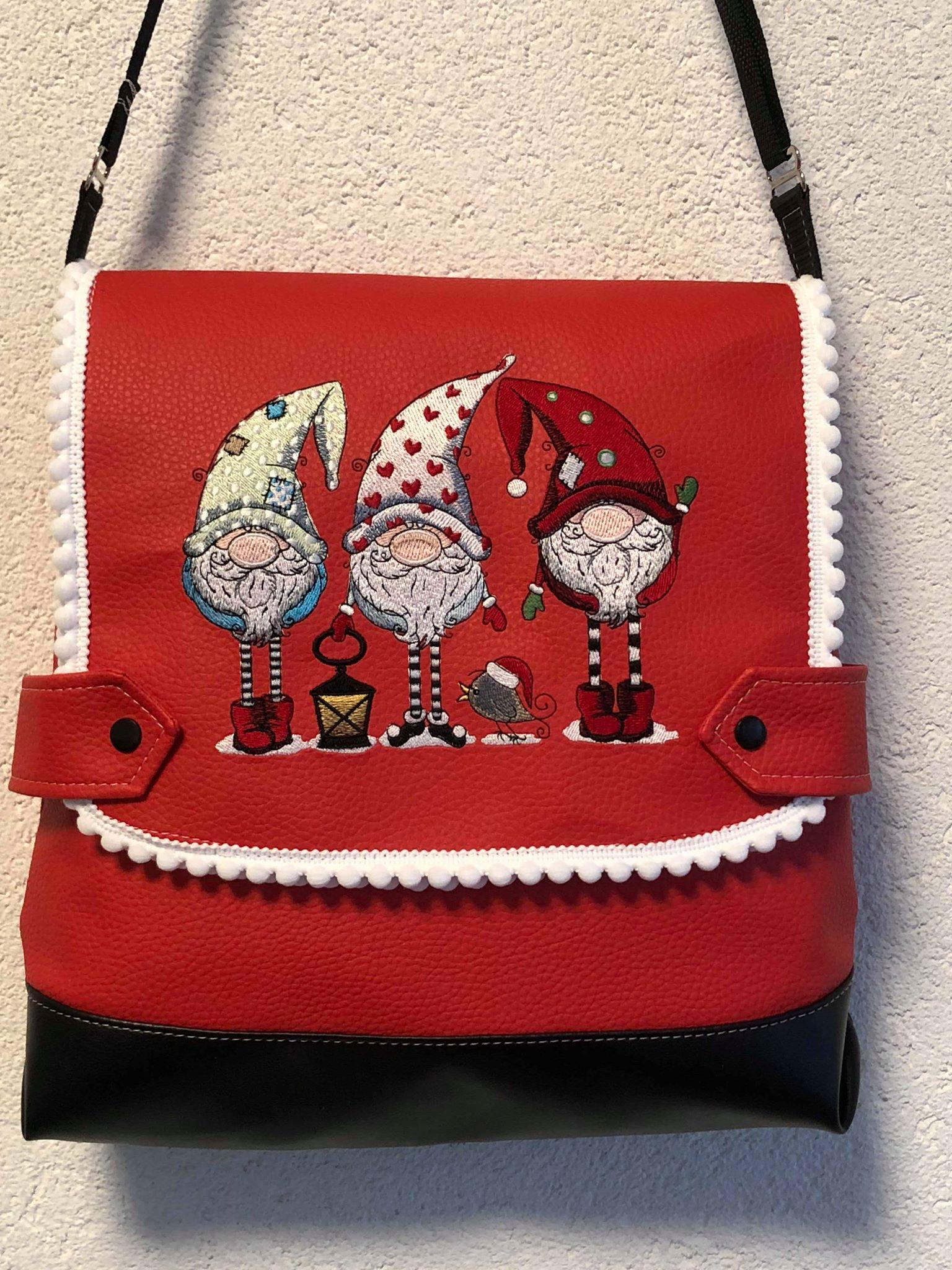 Embroidered bag with Three gnomes design