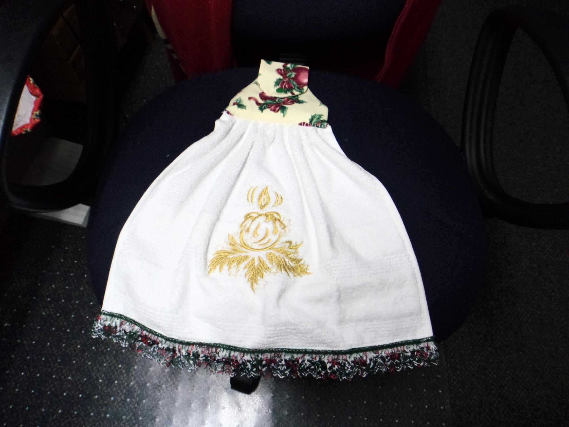 Embroidered skirt with Christmas candle free design