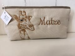 Embroidered handbag with Giraffe design