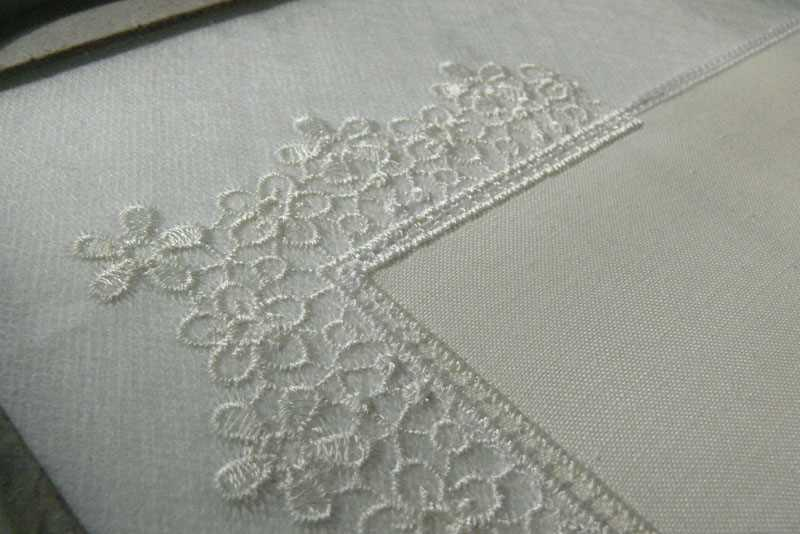 Repeat embroidery process in second side napkin