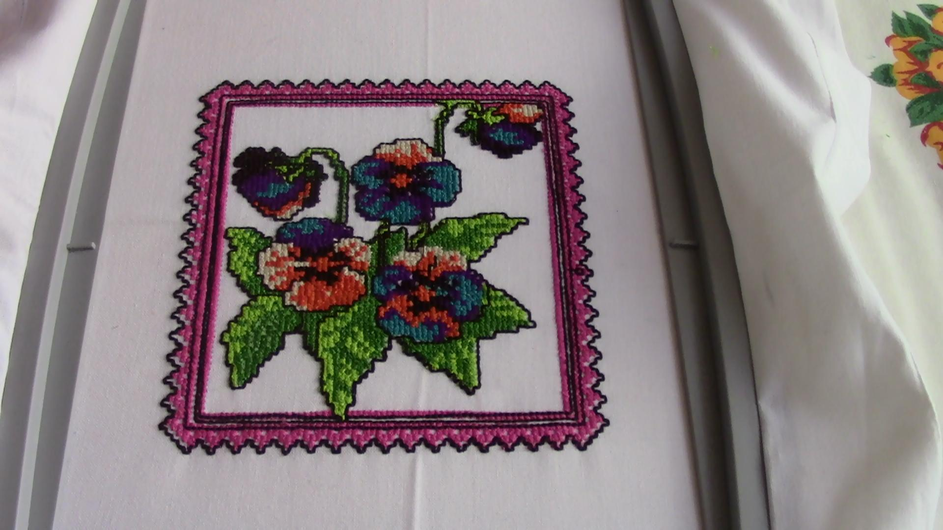 In hoop flower in frame cross stitch free embroidery design