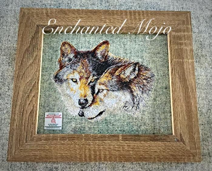 Framed Wolves couple free embroidery design