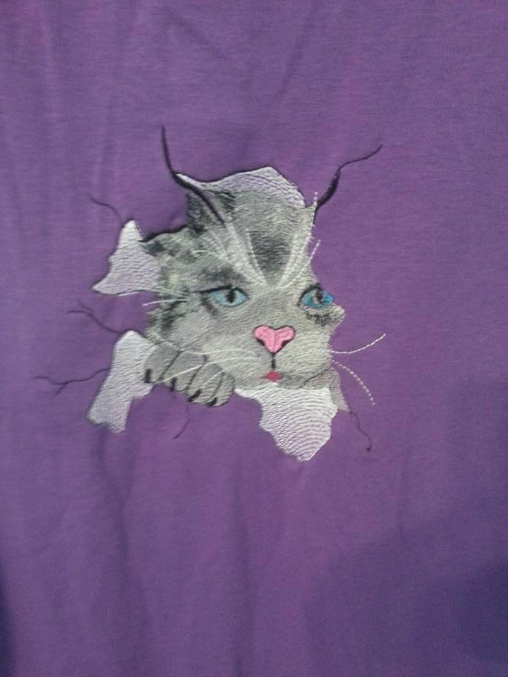 Kitty free embroidery design