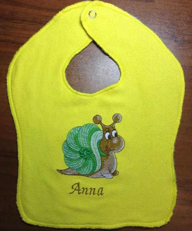 Free snail design embroidered at baby bib