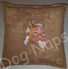 cushion with cat break through free embroidery design