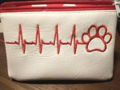 Embroidered handbag with Heartbeat and paw design