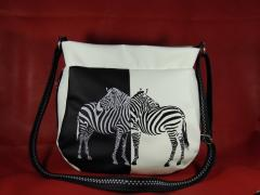 Bag with free machine embroidery design.